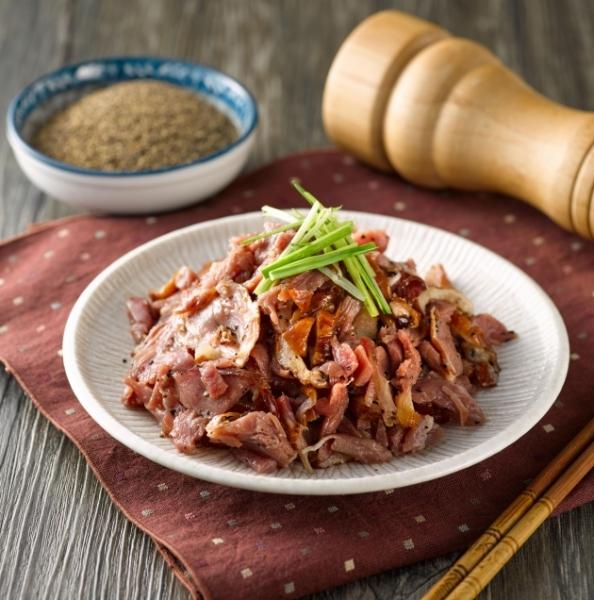 蔗燻黑胡椒切片鴨賞 1